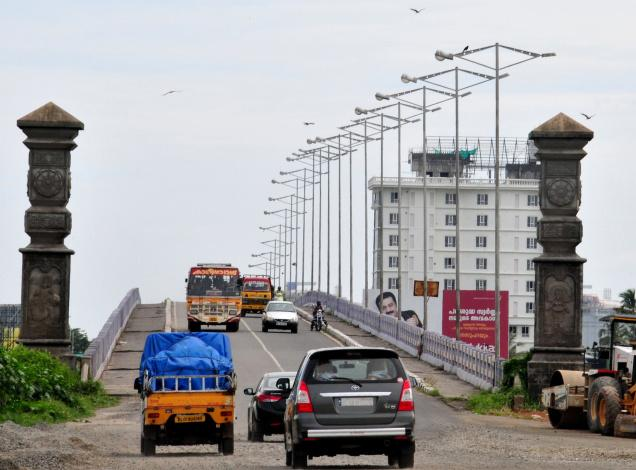 The Goshree bridges are a vital link between the islands and the city at present. / File Photo / The Hindu