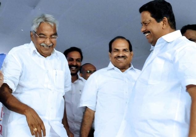 Chief Minister Oommen Chandy, Speaker N. Sakthan, and CPI(M) State unit secretary Kodiyeri Balakrishnan at the 140th anniversary celebrations of the Government Law College, Thiruvananthapuram, on Wednesday.— Photo: S. Mahinsha